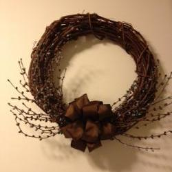 Wreath, Grapevine & Pip Berry 15 Inch